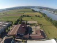 FarmersPlace AG : Schweizer Wanderreitstation mit B&B