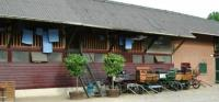 We provide rooms and stables/paddocks for a pleasant stay with your own horse.