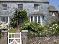 Riding holidays in the heart of the Cornish countryside. Close to coast. Child and dog friendly.