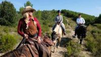 Vacaciones en un rancho de caballos.  En medio de la naturaleza, con caballos libres!