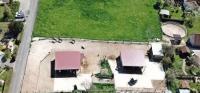 Pferdepension Traupe: Gepflegter Bewegungsstall in Südniedersachsen für gemischte Herde mit u.a. 24 Stunden Heuzugang