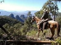 Luxurious horseback riding vacation, offered to people who would like to discover Mexico on a horse.
